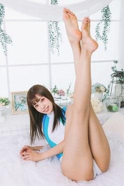 紗雪「美脚のカリスマ」天にそびえる脚上げポーズを絶景認定したい【画像3枚】の画像
