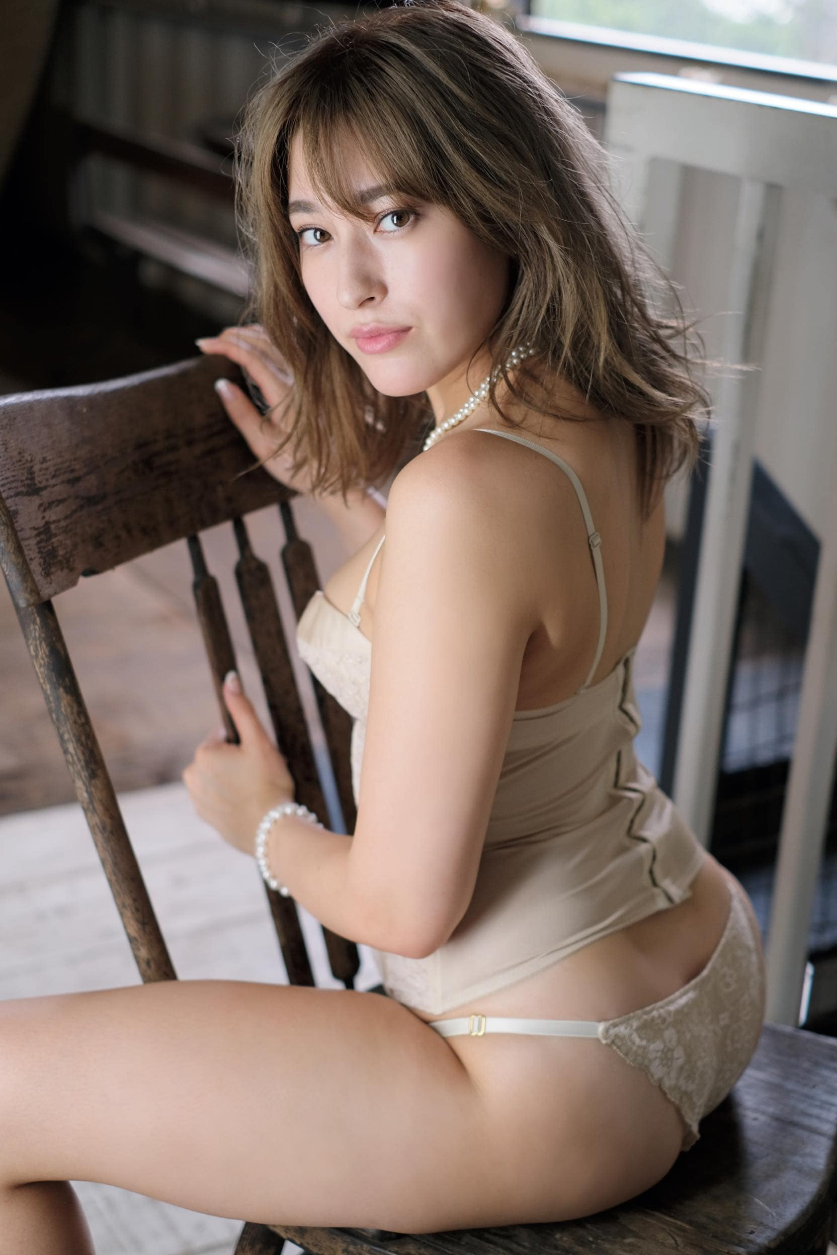元AKB48平田梨奈が「大人セクシー」なビキニ姿に【写真10枚】の画像009