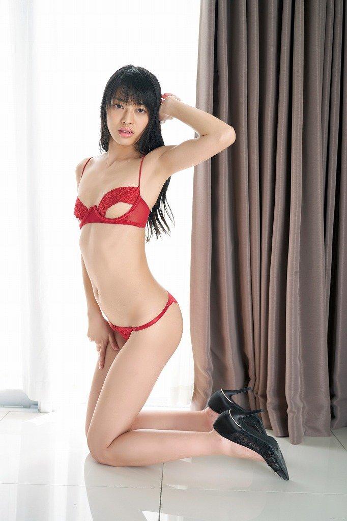 藤田いろはのグラビア水着ビキニ画像7