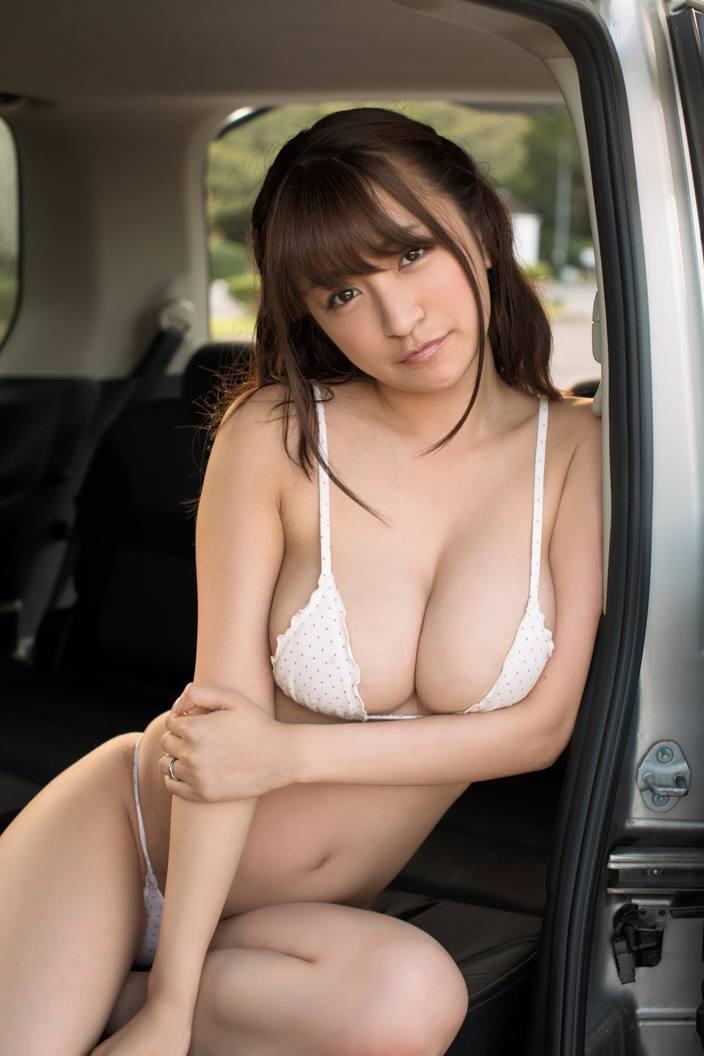 9位 ☆HOSHINO「脱いだらすごいお姉さん」は好きですか!?【写真9枚】