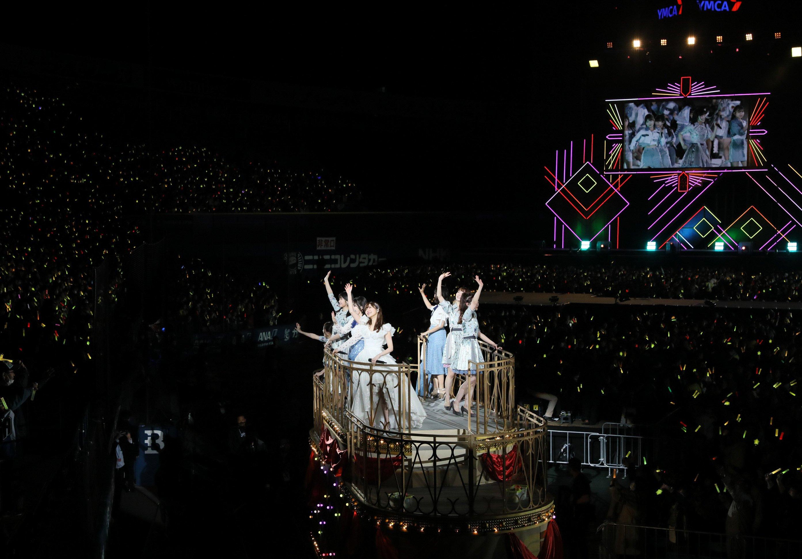指原莉乃卒業公演に、ダウンタウン松本人志がサプライズ登場!【画像33枚】の画像033