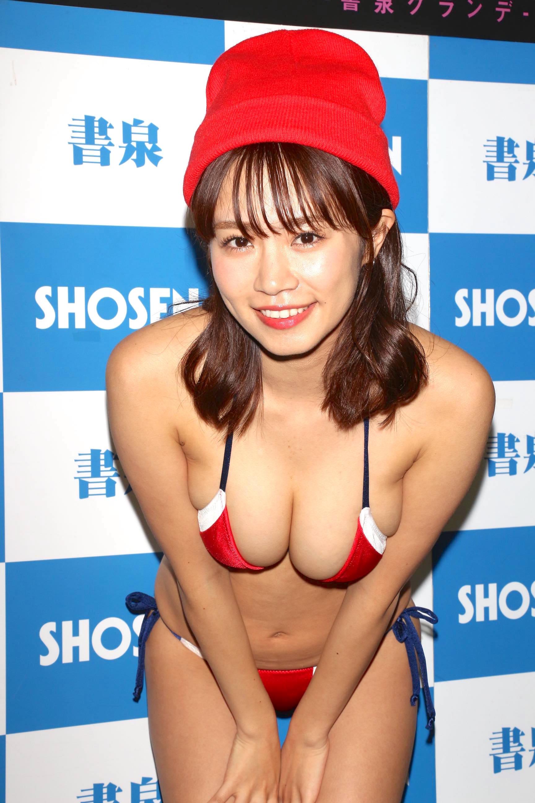 菜乃花「キス600回」を経験し、慣れてきた!?【写真18枚】の画像012