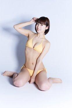 """""""ショート髪美女""""水湊みお「スレンダーなビキニ姿」【画像4枚】の画像"""