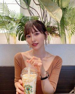 元HKT48兒玉遥「艶っぽい美デコルテがセクシー!」24歳の誕生日に反響【画像2枚】の画像