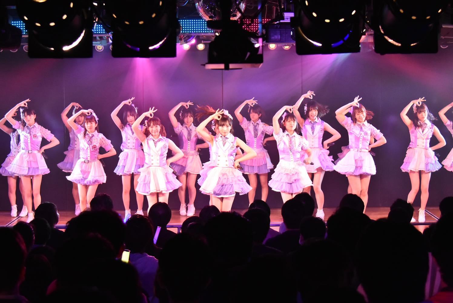 AKB48チーム8が新曲『好きだ 好きだ 好きだ』を初披露、全国ツアーの⽇程も発表【写真6枚】の画像003