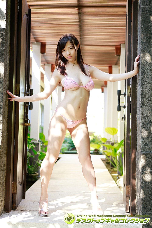 鷹羽澪「99センチ」ド迫力バストは今も伝説!【写真5枚】の画像001