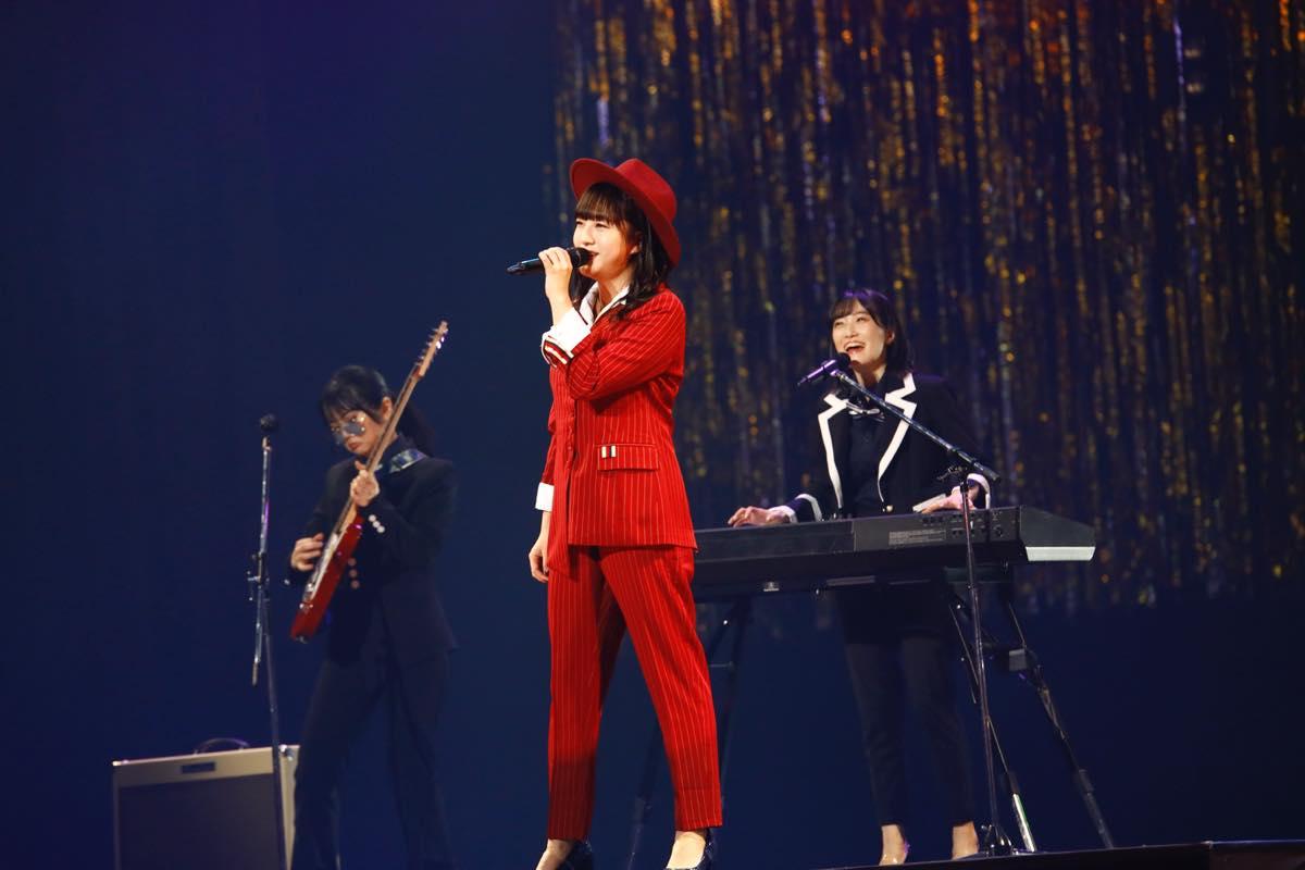 HKT48が8周年前夜祭コンサート「8周年だよ!HKT48の令和に昭和な歌合戦~みんなで笑おう八っ八っ八っ八っ八っ八っ八っ八っ(笑)~」を開催!の画像011