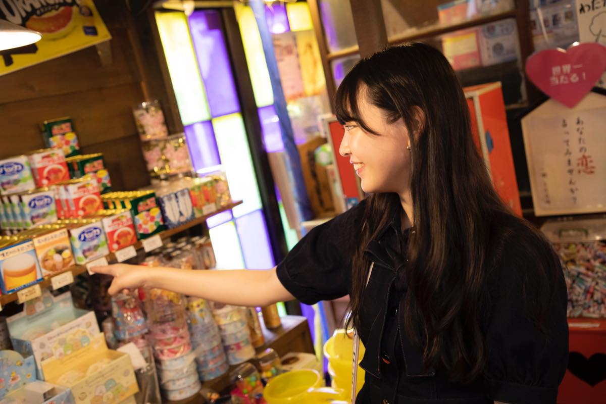 籾山ひめり「英語に駄菓子選びに大奮闘!」【写真74枚】【連載】ラストアイドルのすっぴん!vol.26の画像037