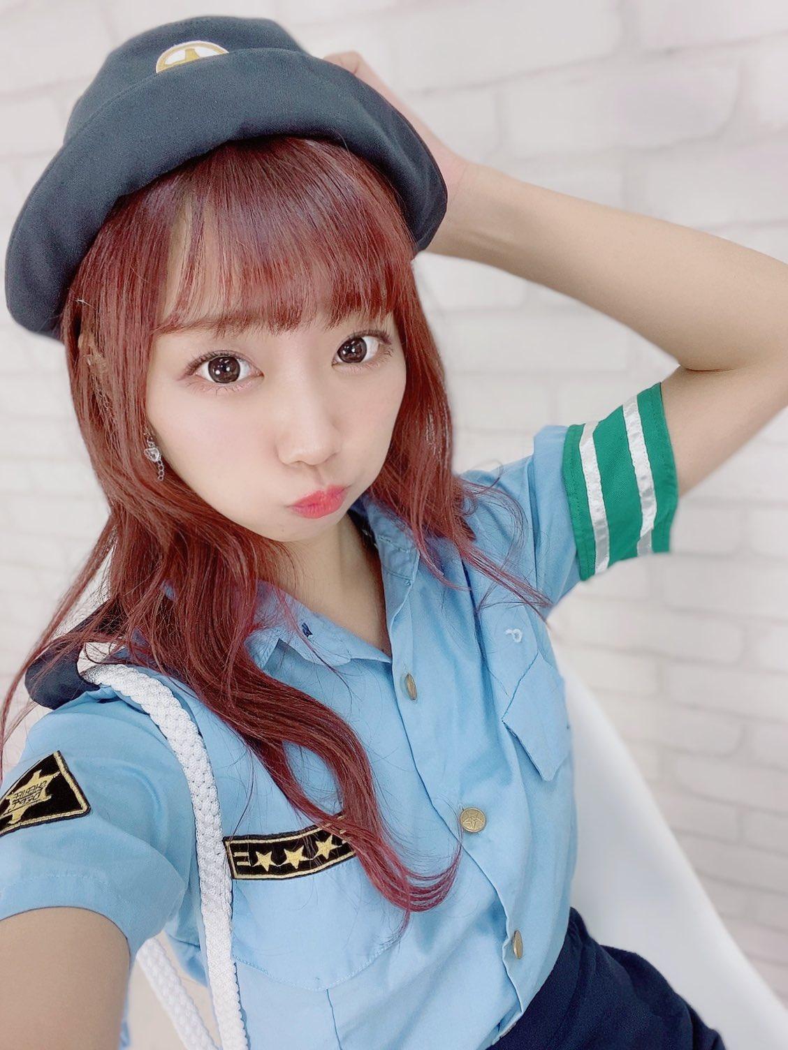 元NMB48肥川彩愛「ミニスカのポリス姿で美脚チラ」ぜひ逮捕されたい…【画像2枚】の画像001