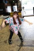 米田みいな「初めてのインラインスケートでなぜかにゃんこスターのモノマネ!?」【写真37枚】【連載】ラストアイドルのすっぴん!vol.21の画像034