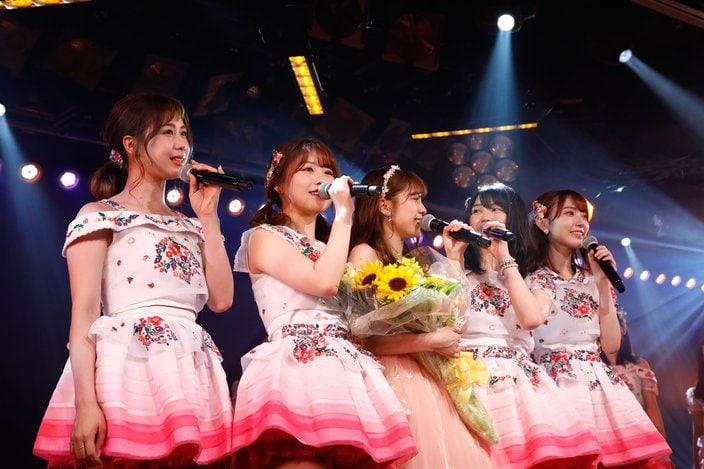 AKB48 4チームの公演がチームB「ただいま恋愛中」ですべて千秋楽!【写真15枚】の画像