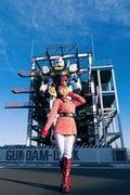十味「ガンダムとセクシーなコラボ!」『週刊ビッグコミックスピリッツ』オフショットを公開!【画像7枚】の画像001
