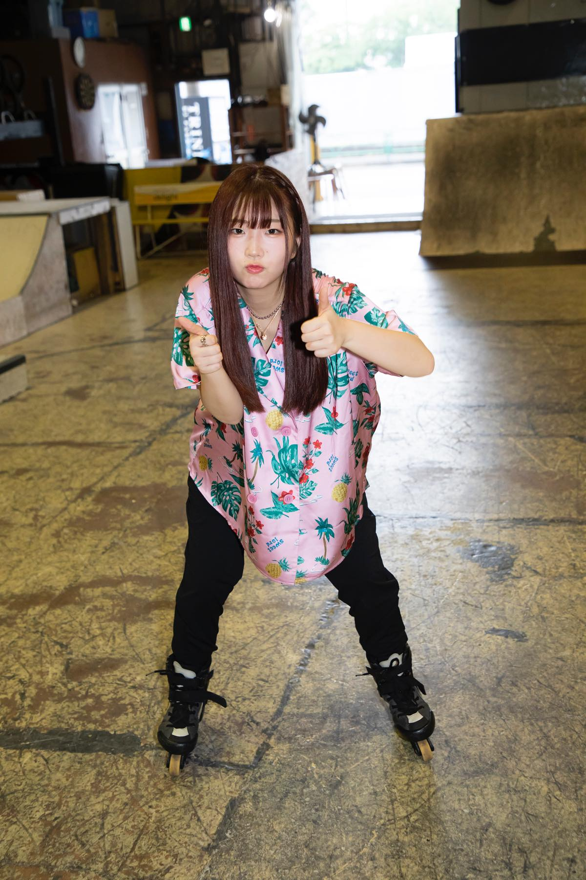 米田みいな「初めてのインラインスケートでなぜかにゃんこスターのモノマネ!?」【写真37枚】【連載】ラストアイドルのすっぴん!vol.21の画像027