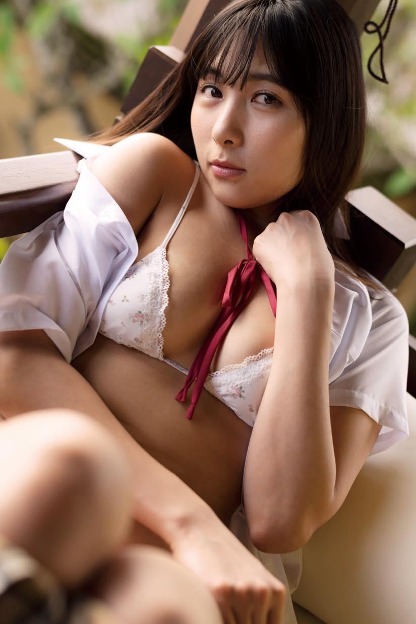 南沙羽「逆三角ビキニ」でしっとりセクシー【写真10枚】の画像009