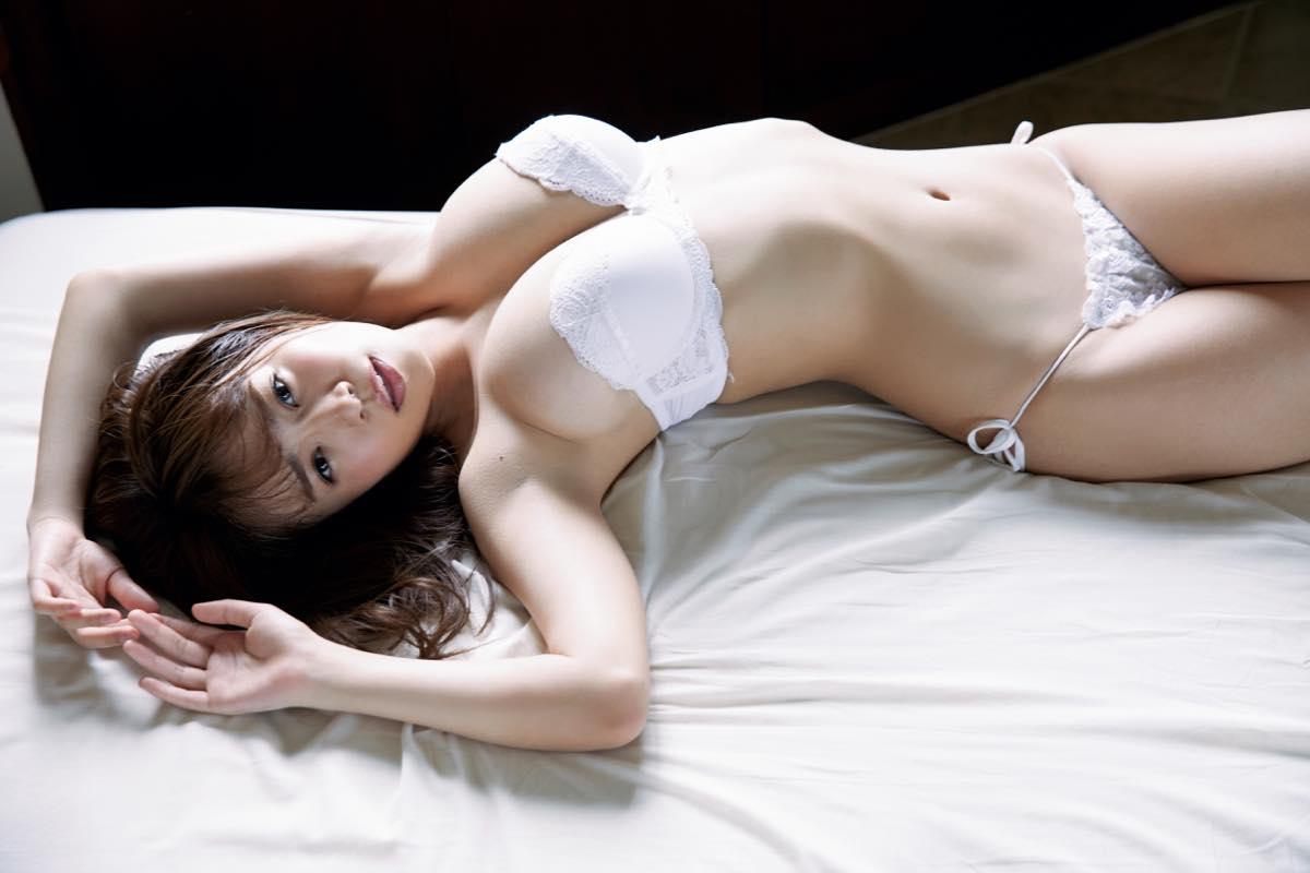 菜乃花「最後のイメージDVD」男を虜にする美体を目に焼きつけろ!【写真11枚】の画像002