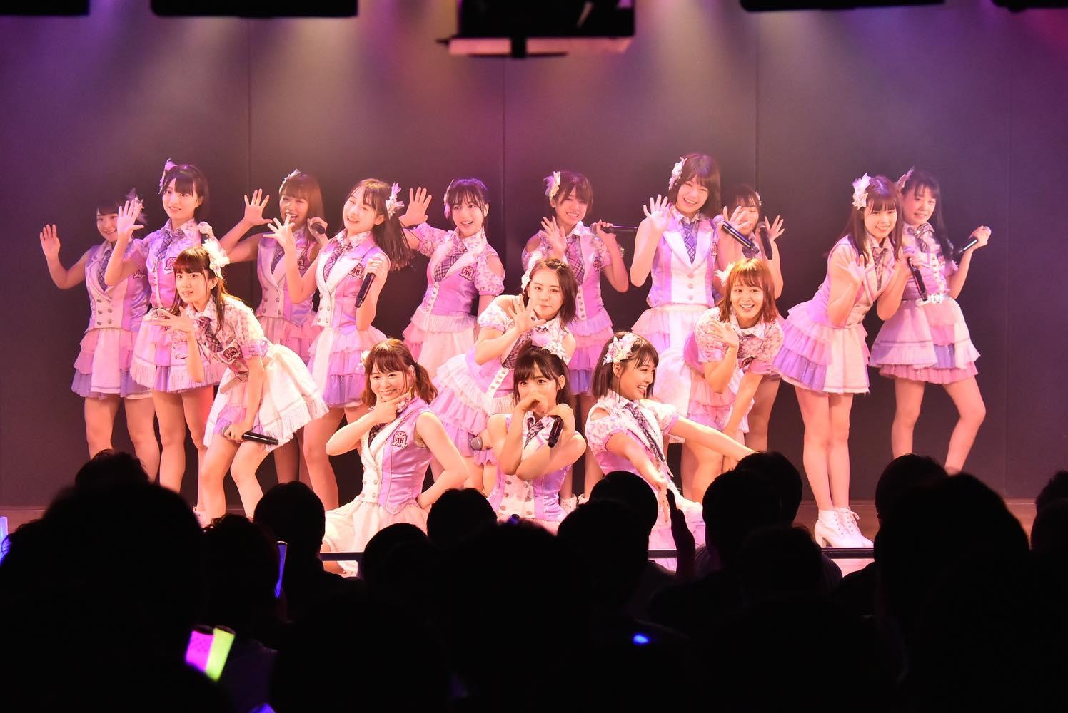 AKB48チーム8が新曲『好きだ 好きだ 好きだ』を初披露、全国ツアーの⽇程も発表【写真6枚】の画像005