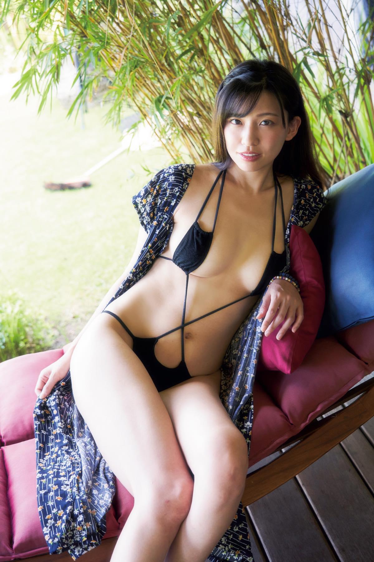 佐野マリア「ほぼ生まれたまま」大胆すぎる入浴姿【写真7枚】の画像005