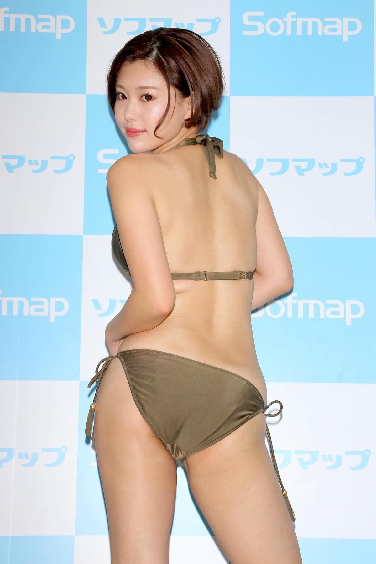 山本ゆうのグラビア水着ビキニ画像6