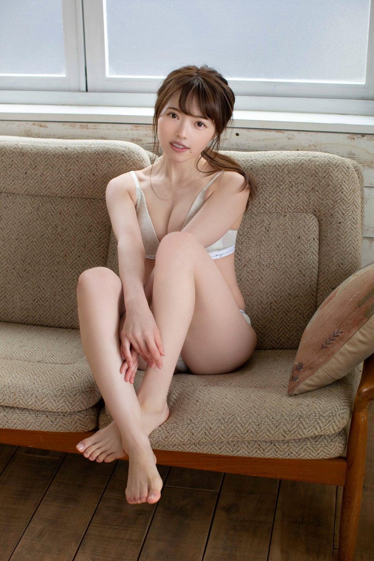 元STU48森香穂「セクシーな水着姿に」『ヤングドラゴンエイジ』アザーカットを大公開!【画像5枚】の画像002