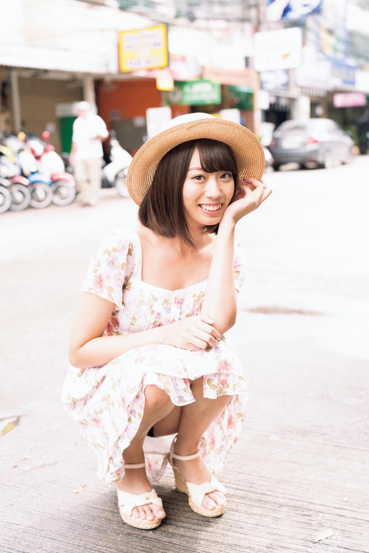 山岸奈津美「元国民的アイドル」がお宝ビキニ姿に!【写真12枚】の画像006