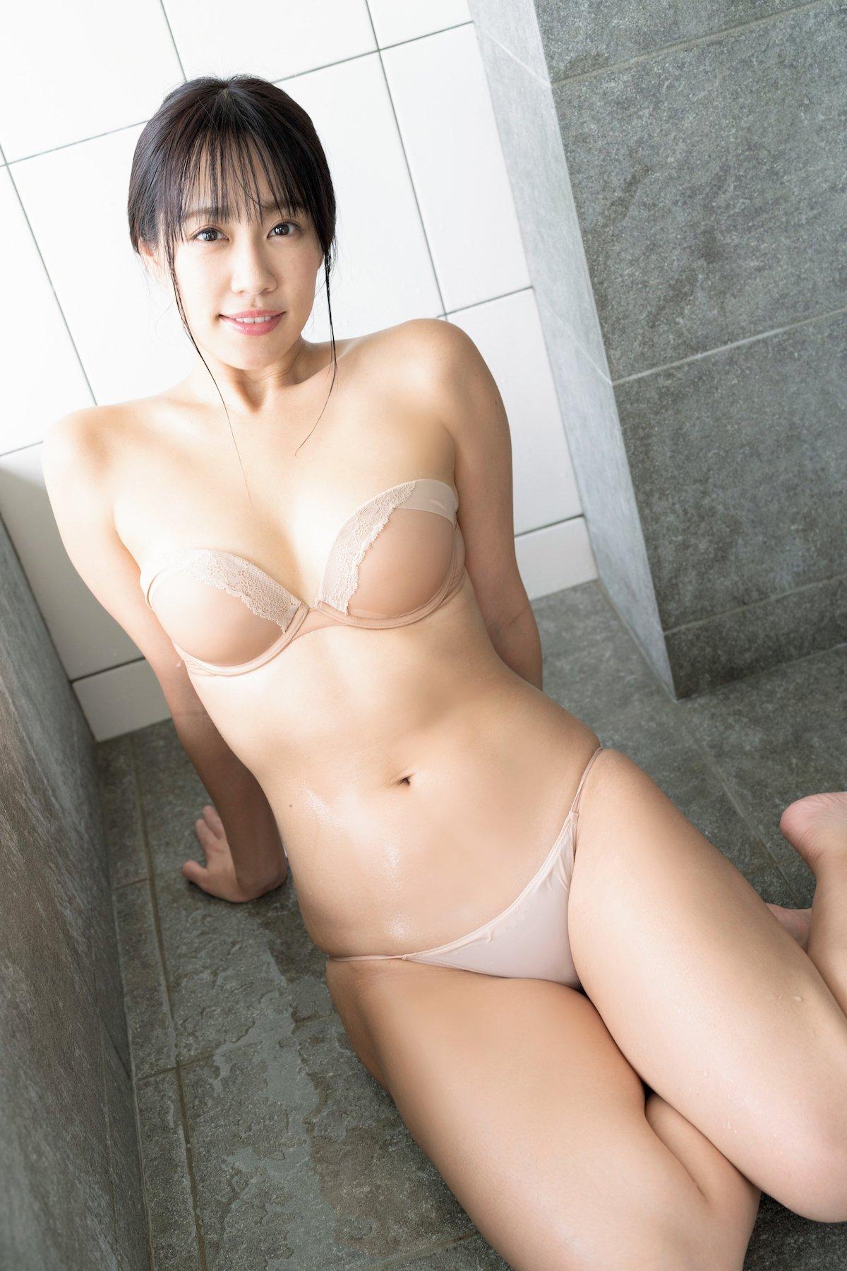 霧島聖子「トップRQなのにオタク」ギャップが魅力の大人ボディ【画像9枚】の画像001