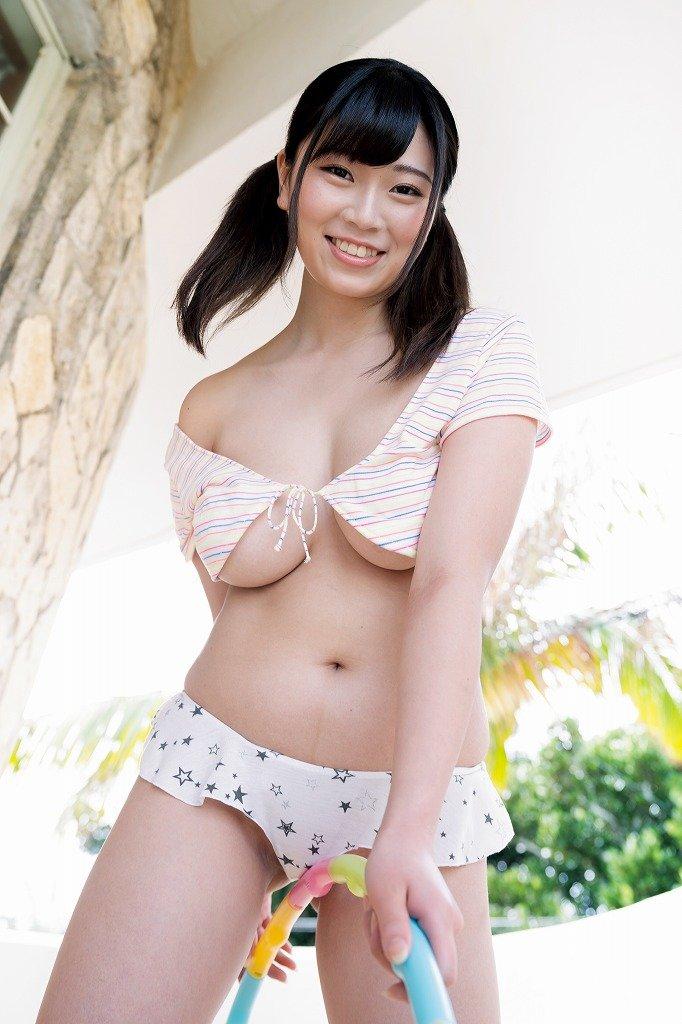 芦屋芽依のグラビア水着ビキニ画像9