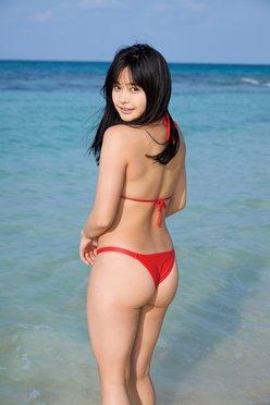 西本ヒカル「プリ尻美少女」JK姿が似合いすぎる!【画像11枚】の画像