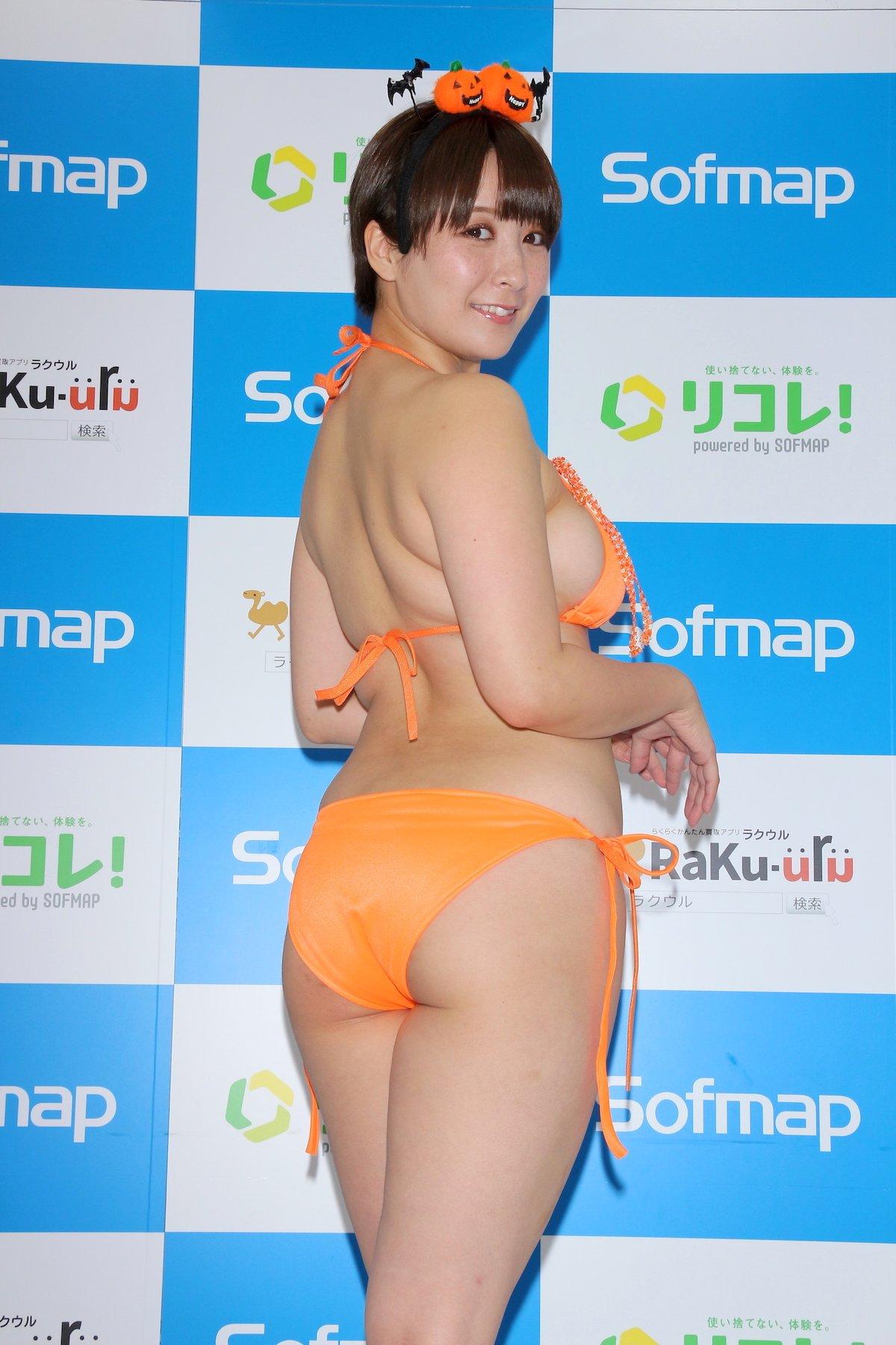 紺野栞「SM嬢に初挑戦」ムチを覚えて感動しました【画像49枚】の画像012