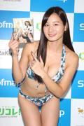 清瀬汐希「オフィスでY字の水着」露出度高くて恥ずかしい【画像48枚】の画像047