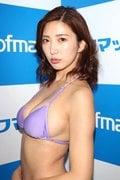 松嶋えいみ「初ローション」でぬるぬるぬるぬる【写真30枚】の画像013