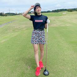 SKE48山内鈴蘭「どんなコーデしようかな?」スラリのびた美脚でナイスショット!?【画像3枚】の画像