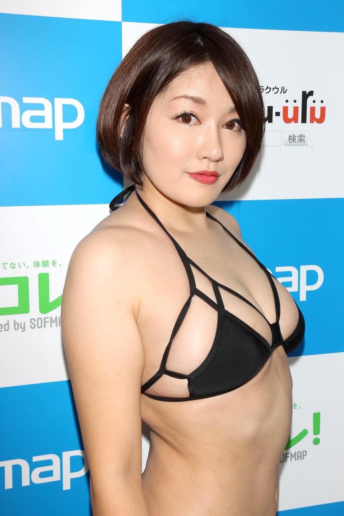 多田あさみ「赤い下着でイチャイチャ」お風呂で洗いっこにも挑戦!【画像39枚】の画像015