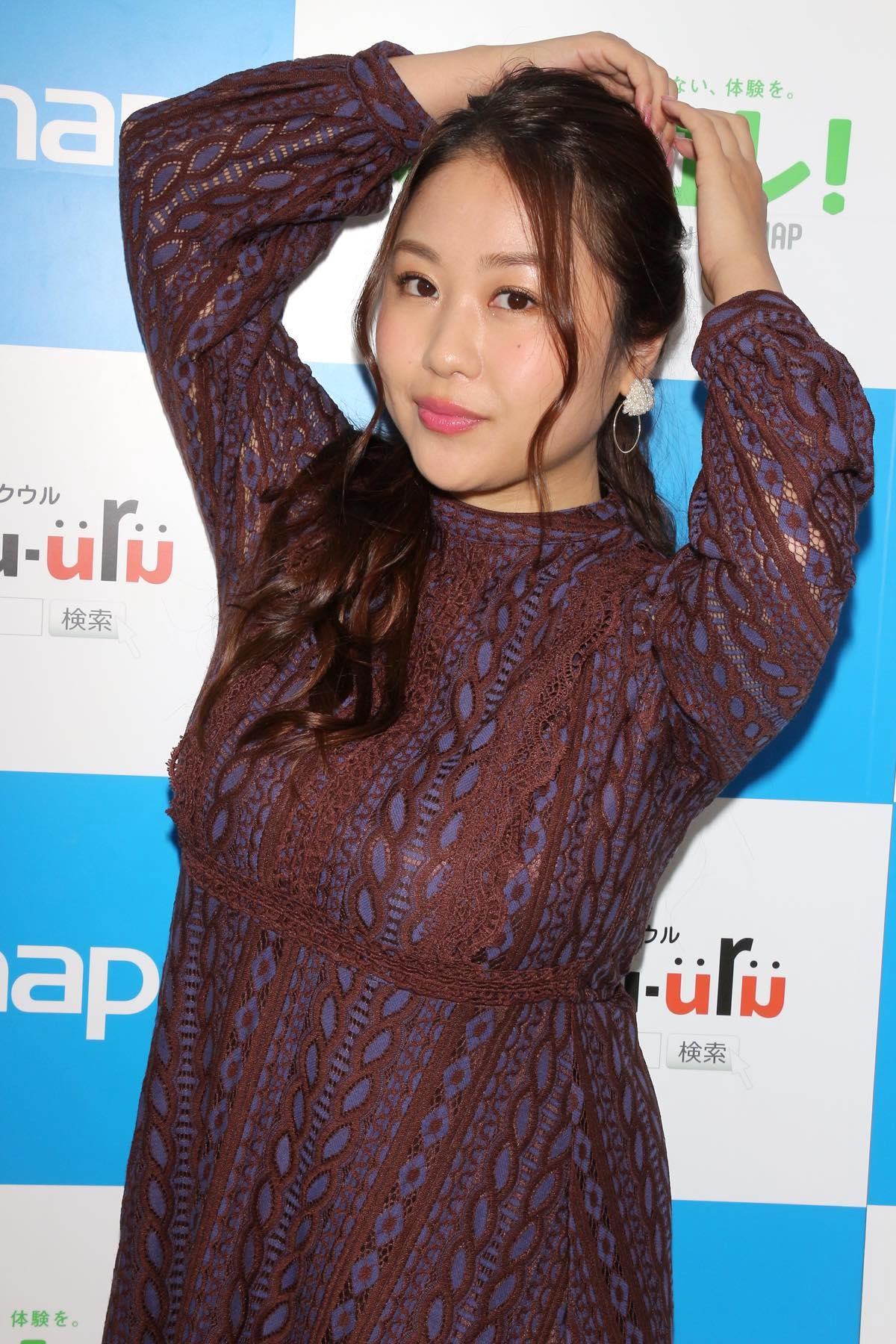 西田麻衣「きわどい水着が多かった」44枚目のDVDでも攻めまくり!【写真37枚】の画像015