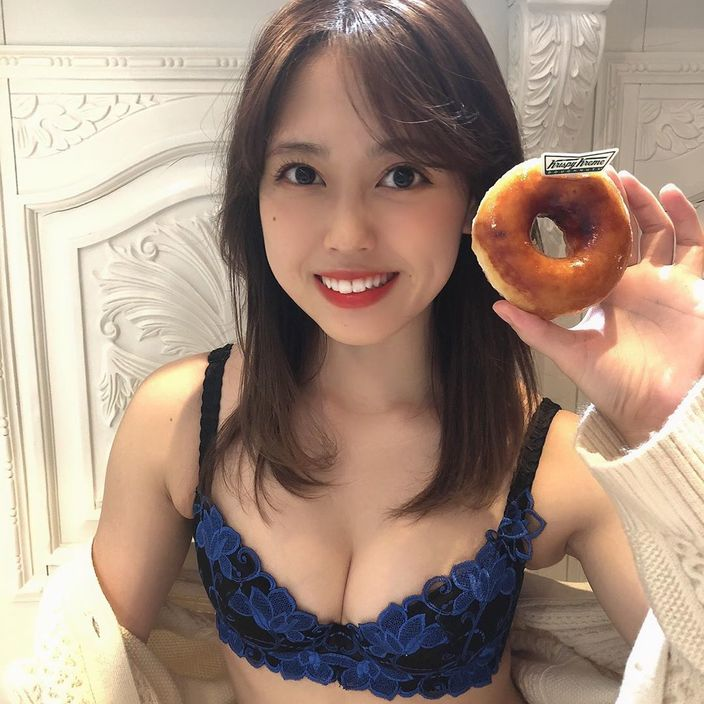 元SKE48竹内舞「いいおっパイの日にちなんで…」セクシーなランジェリー姿を披露【画像2枚】の画像