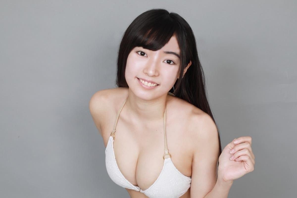桜田愛音のグラビア水着ビキニ画像0041