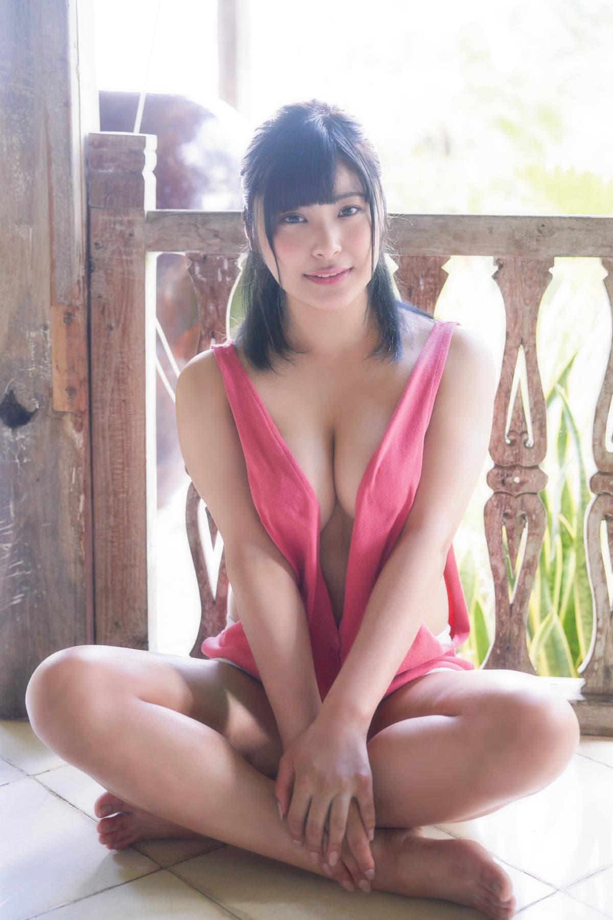 綾瀬凛「グラビアの原石」清楚系美少女がデビュー【写真10枚】の画像001