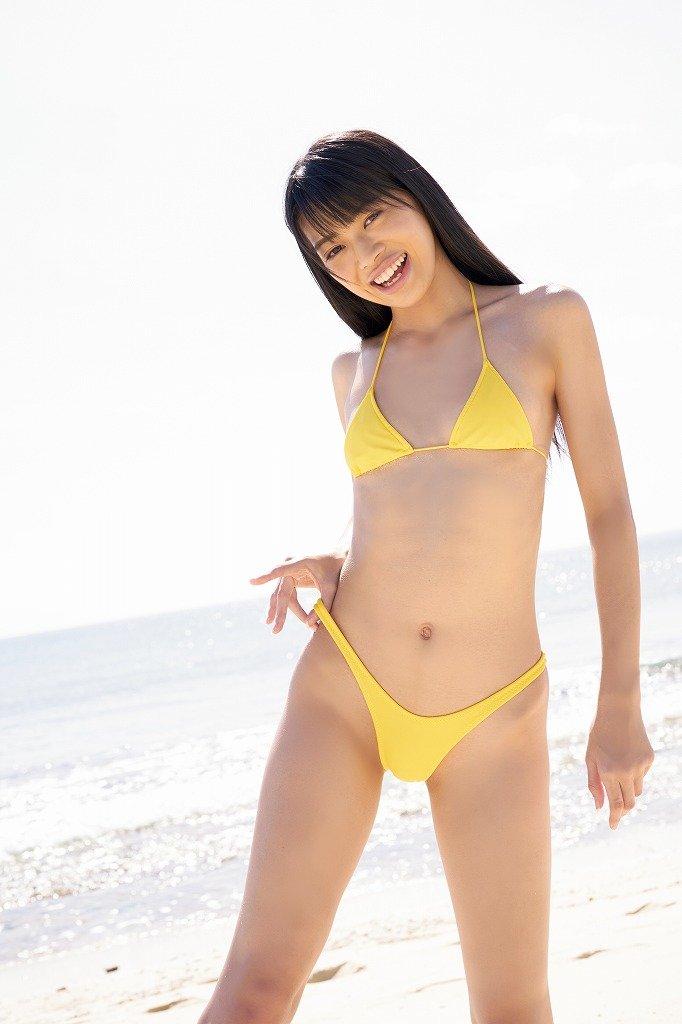 藤田いろはのグラビア水着ビキニ画像11