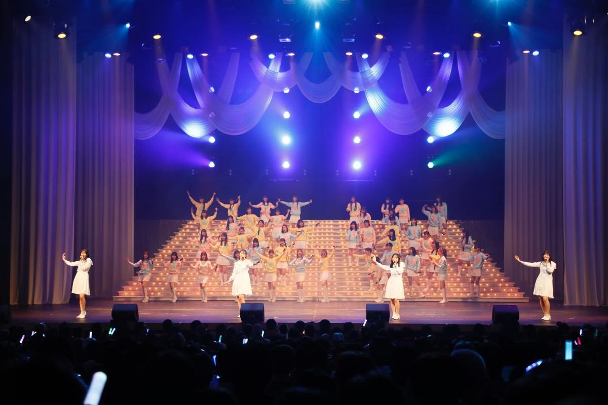 HKT48が8周年前夜祭コンサート「8周年だよ!HKT48の令和に昭和な歌合戦~みんなで笑おう八っ八っ八っ八っ八っ八っ八っ八っ(笑)~」を開催!の画像003