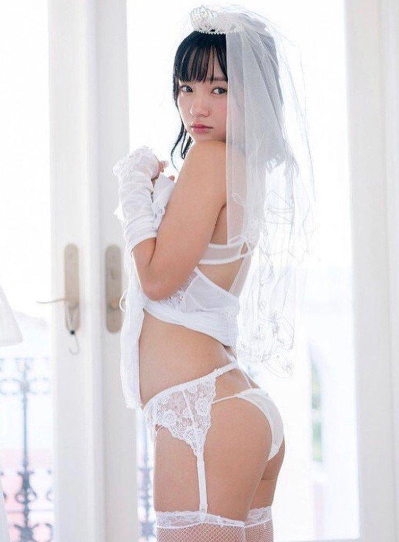 """""""ちっぱい娘""""西永彩奈「えちえちな花嫁衣装」しなやかボディで求愛【画像2枚】の画像001"""