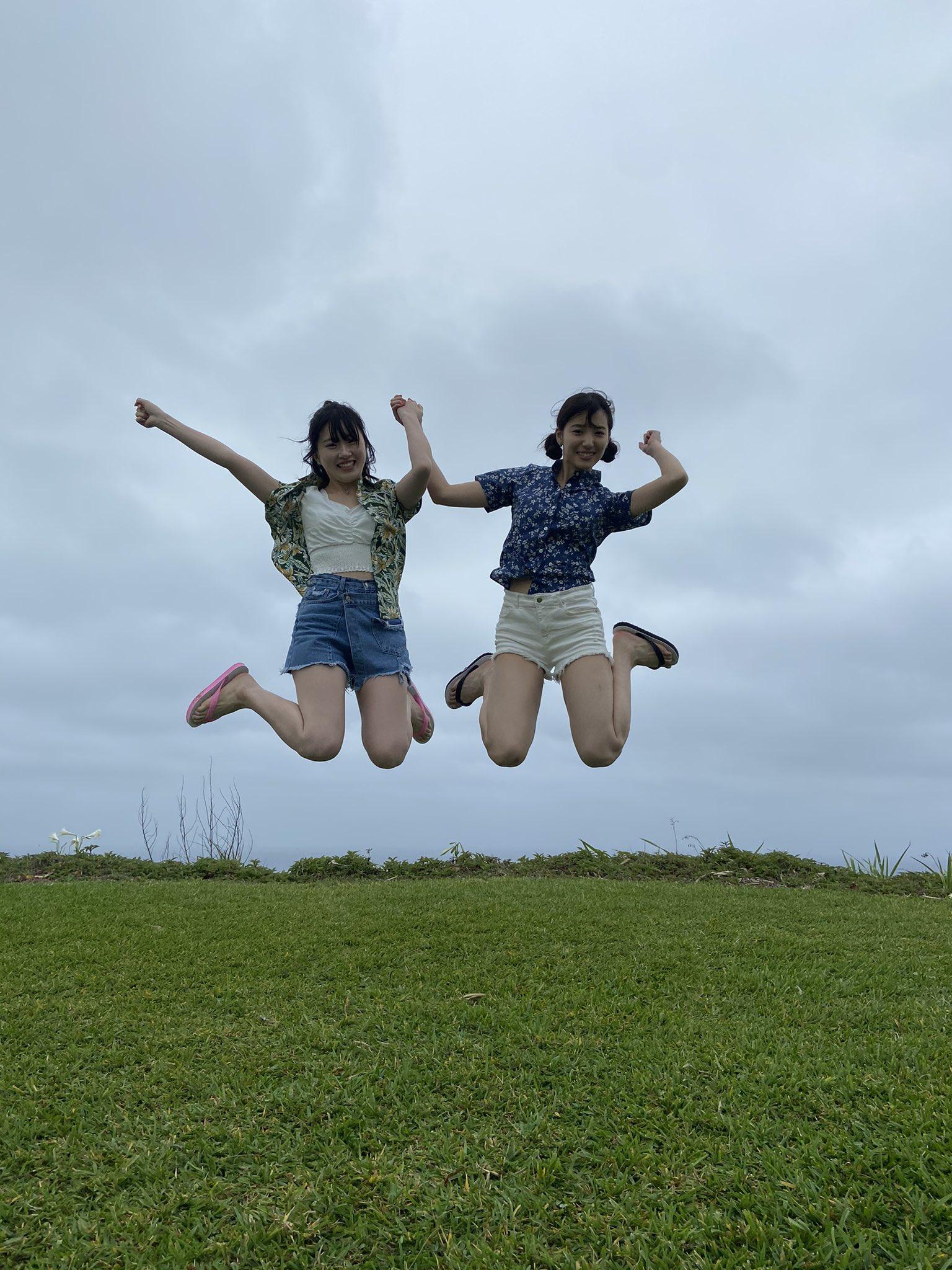 AKB48下尾みう「撮影楽しかったな」山根涼羽との水着ツーショットにファン興奮【画像4枚】の画像002