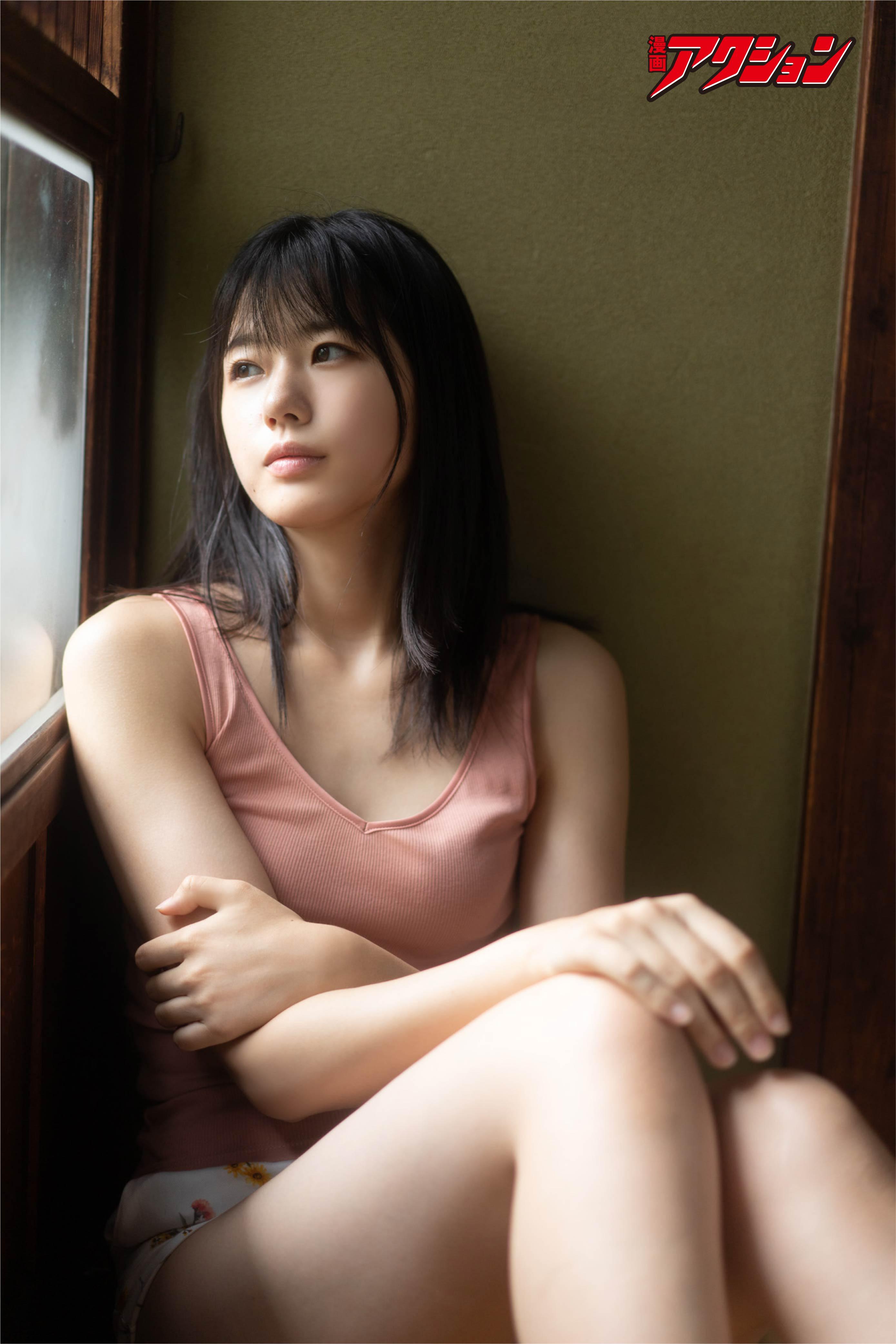 STU48瀧野由美子が『漫画アクション』の表紙巻頭グラビアに登場!【写真7枚】の画像001