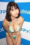 伊織いお「マイクロ水着で」J乳をマッサージ【写真21枚】の画像014
