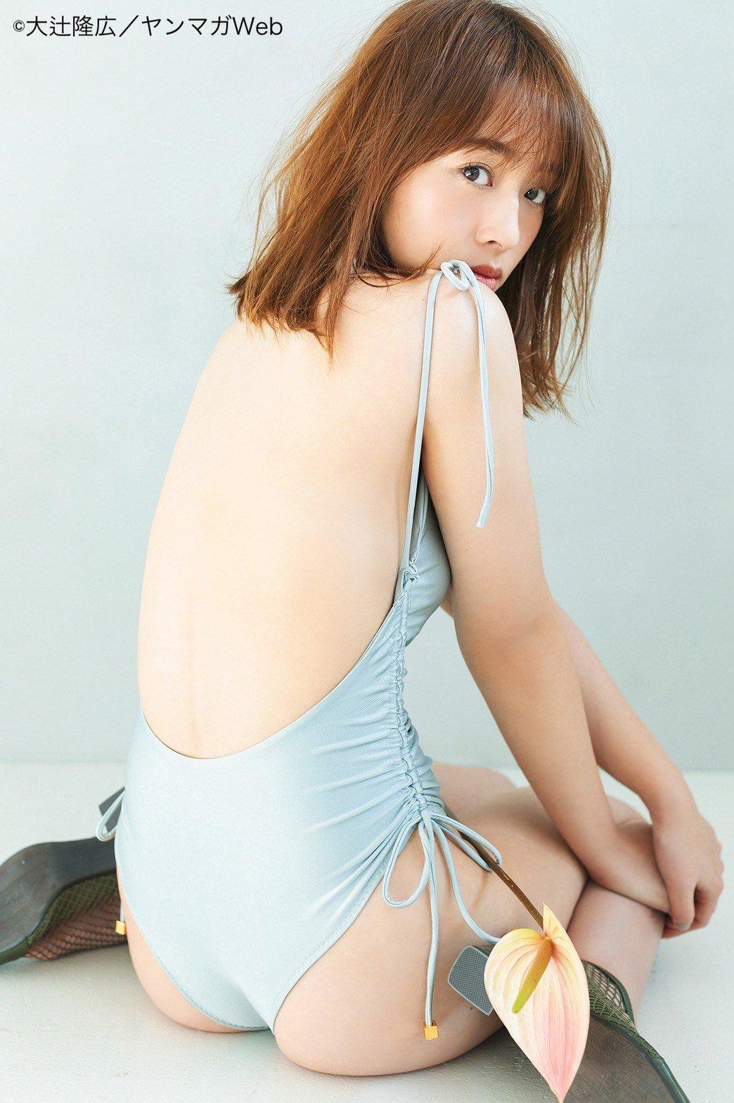神部美咲「美しい背中を全開」『グラビアちゃんはバズりたい』アザーカットを公開!【画像3枚】の画像001
