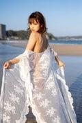 歯科衛生士・西原愛夏「ビーチに舞い降りた天使」ベッドシーンも艶やか…【画像4枚】の画像001