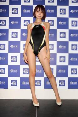 """現役OL東堂とも「競泳水着で温泉に」上司が""""いいね!""""してきます【画像51枚】の画像"""