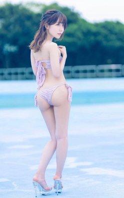 """OLグラドル""飯田みなみ「神々しいモチモチ尻」曲線美に見惚れちゃうの画像"