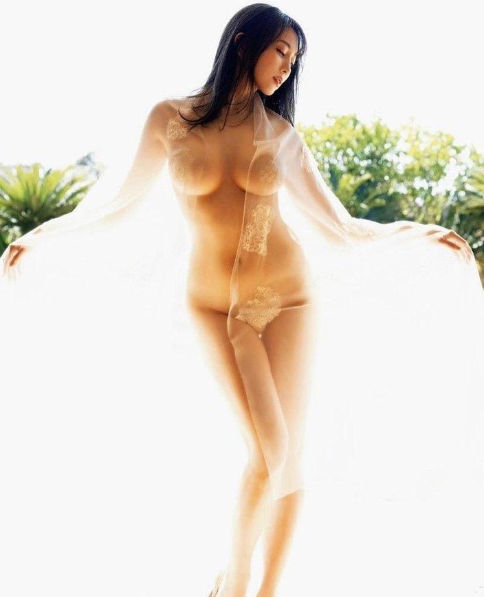 """""""エロすぎるグラドル""""森咲智美「天女様に魅せられて」全身がほぼスケスケの画像"""