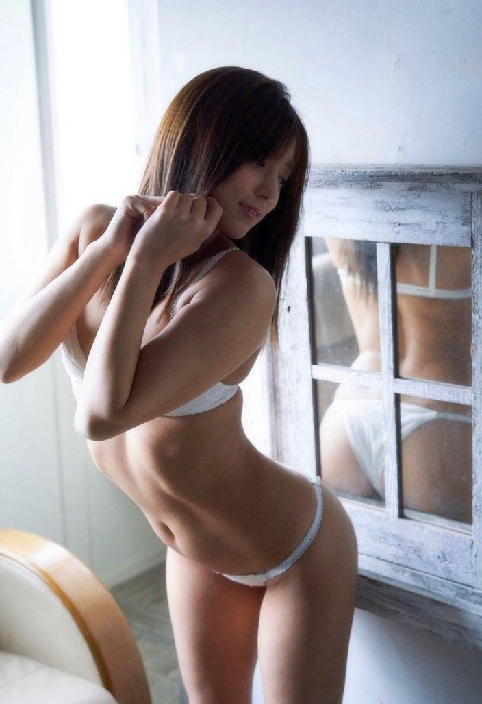 夏本あさみ
