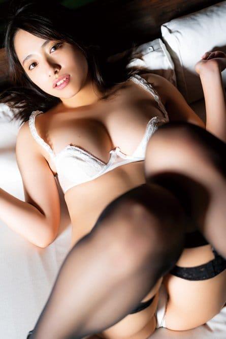 高梨瑞樹「ふっくらバスト」健康的なセクシーボディが眼福!【写真11枚】の画像008