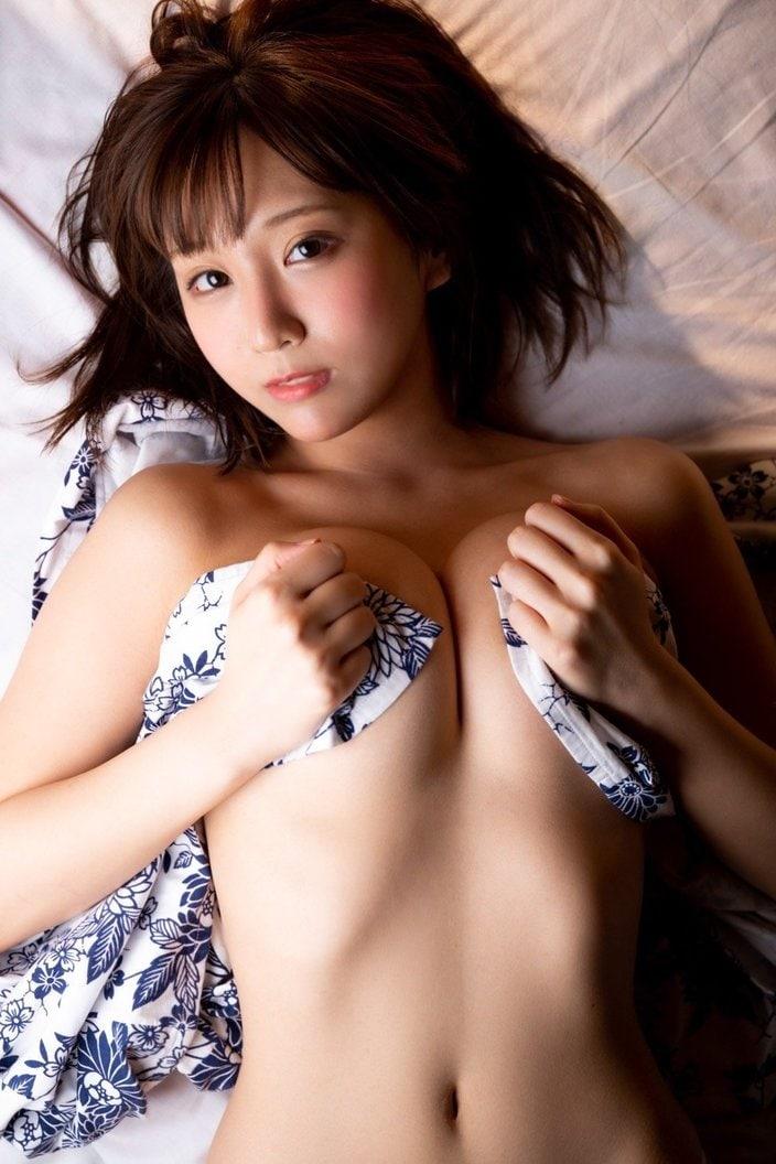 日向葵衣「浴衣がはだけちゃった」清楚だけど大胆な織姫様の画像